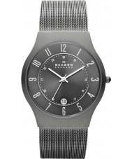 Skagen 233XLTTM Mens klassik grå titan mesh watch